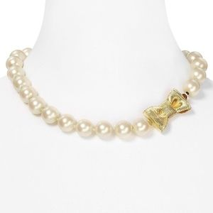 NEW Kate Spade Pearl Gold Logo Bow short Necklace